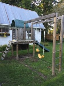 Swing set, Outdoor climber