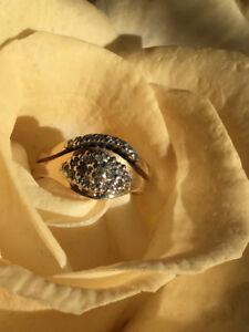 Bague or à diamant