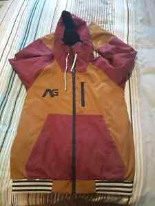Men's sized medium snowboarding jacket