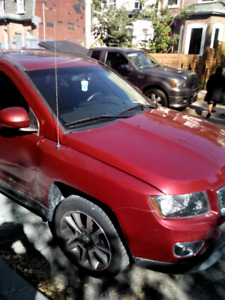 Jeep Compass 2014 fully Loaded for sale.