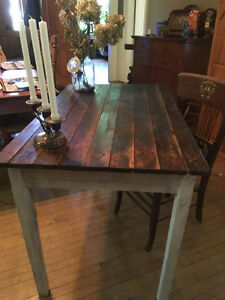 Very old Antique Harvert Table Kitchener / Waterloo Kitchener Area image 2