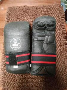 Kim Pacific Cobra MMA / Martial Arts / Sparring Gloves