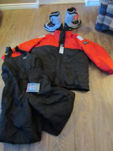 Helly Hansen two piece snow suit
