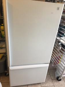 GE Fridge - Bottom freezer, Refurbished