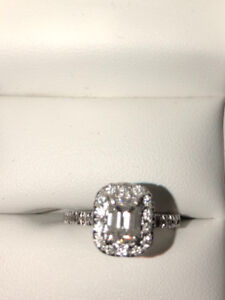 Engagement Ring with Wedding Band Incl. Certificate of Appraisal