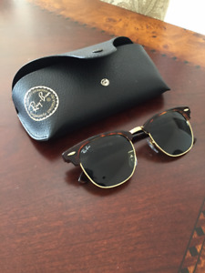 "REDUCED PRICE: ""Clubmaster"" Ray Bans - Excellent condition"