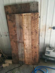 Ilot en bois de grange