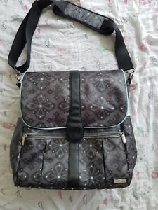 JJ Cole Diaper Bag with backpack straps and stoller hangers