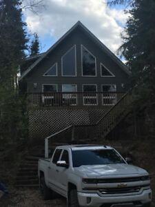 Beautful 4 bedroom cabin at Loon Lake (Makwa Lake)