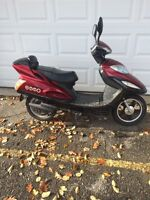 NO LISCENCE!! NO INSURANCE!! EMMO SCOOTER!!!FOR CHRISTMAS