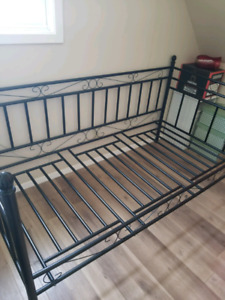 Twin Day Bed with Mattress - black metal frame