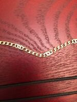 Gold chain with white gold links