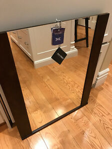 KINGSMILL'S CONTEMPORARY MIRROR (**nwt**)