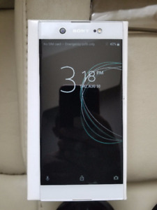 Sony XA1 Ultra 32GB for sale like new in Box and Case just $275
