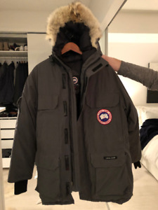 Canada Goose - Parka Medium