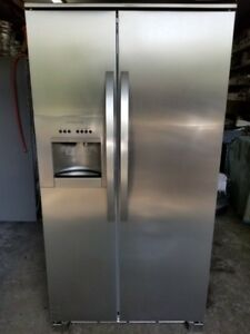 Refrigerateur Electrolux 23 Pieds Cubes Stainless Anti Marque