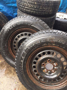 2 WINTER TIRES COME WITH RIMS . GOOD CONDITION . Kitchener / Waterloo Kitchener Area image 2