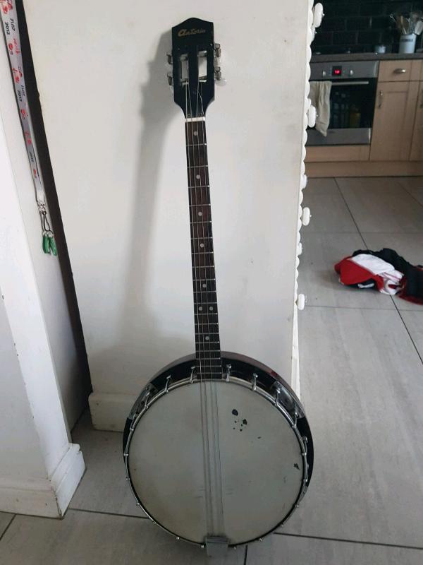4 String Banjo | in Penistone, South Yorkshire | Gumtree
