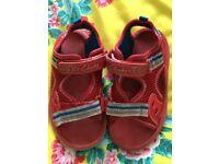 Boys clarks doodle sandals 7 1/2