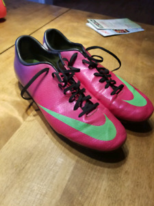 Nike Mercurial Cleats Size 12