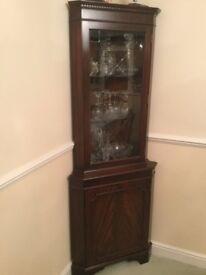Lovely mahogany corner display cabinet