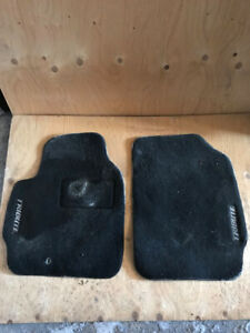 Mazda Tribute (2001-5) / Ford Escape Tapis d'auto / floor mats