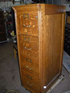 antique oak 2 and 4 drawer file cabinet (looking to buy)