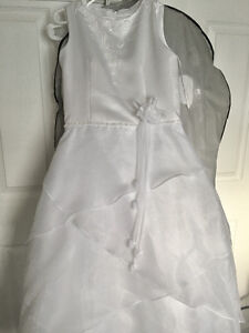 Girls White Wedding/Party Dress Size 12 for Sale
