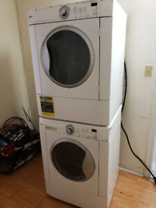 """☆☆Kenmore 27"""" front load washer dryer combo ☆☆"""
