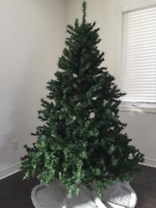 6.5ft. Oregon Pine Christmas Tree
