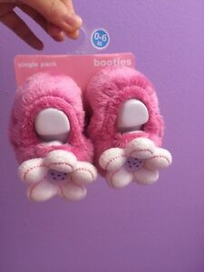 Cute baby girl shoes! Brand New! $5