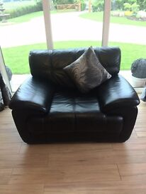 Leather corner suite and chair stunning !