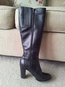 New CALVIN KLEIN Black Leather Boots (Fits Size 7)