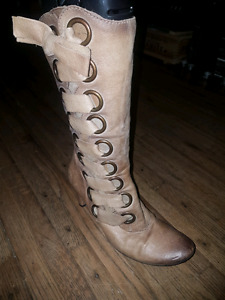 WOMEN'S SIZE 8.5-9 BARELY AND NEVER WORN SHOES