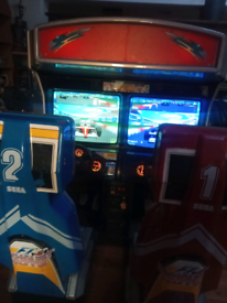 Sega arcade professional gaming machine two seats