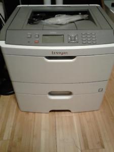 Imprimante Laser monochrome  Lexmark E460dn