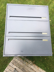 Price Drop - 3 Drawer File Cabinet