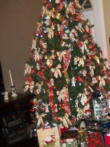 Artificial 7.5 foot Christmas tree