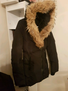 Mackage in good condition xs