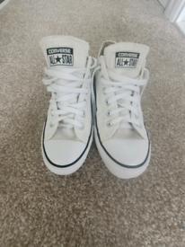 Womens white Converse Trainers size 7