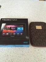 Black berry play book 64 gb New! With Michael Kors case