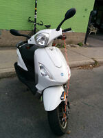 scooter Piaggio Fly 50 blanc 2009