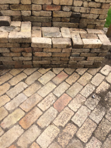 Walsh XX, Laclede Christy St.Louis Bricks  lanscaping or patio