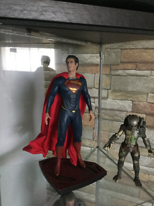 1:6 scale Man of Steel icon statues $375 for both