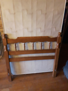 Headboard for twin bed