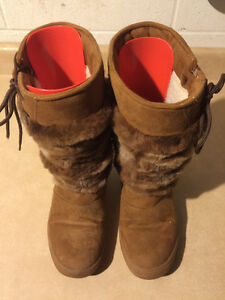 Women's Sally Warm Winter Boots Size 7.5 London Ontario image 2