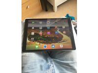 iPad Pro 128 GB (12.9 inches) WiFi and Cellular Data Network - EE