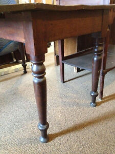Early Country Kitchen Pine Table Kingston Kingston Area image 2