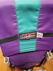 Tough traveler baby carrier / Porte bébé