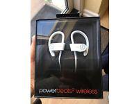 Beats powerbeats2 wireless in ear headphones